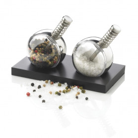 Votre cadeau : le set sel et poivre design